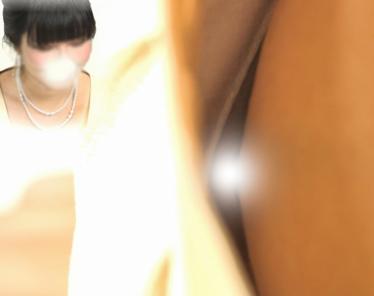 【FHD】ご祝儀担当の胸チラvol.01