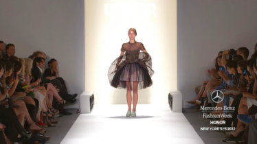 HONOR-MERCEDES-BENZ-FASHION-WEEK-SPRING-2012-COLLECTIONS-0-20-screenshot-374x210