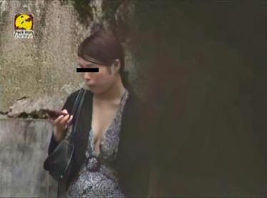 盗撮!!美女の胸チラ&胸モロ 1
