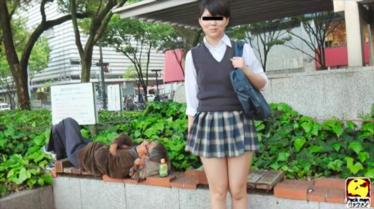 盗撮!!誘導風パンツ1